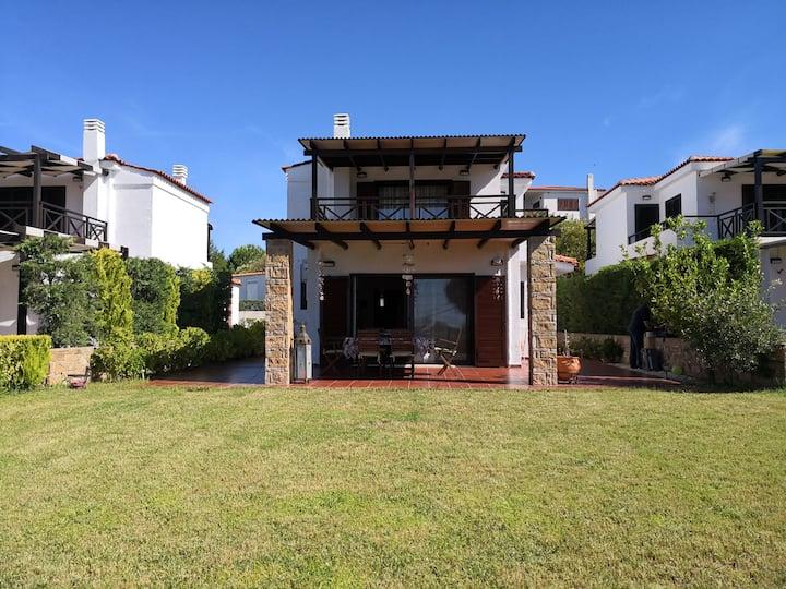 Luxury Sea View Vila 125m2
