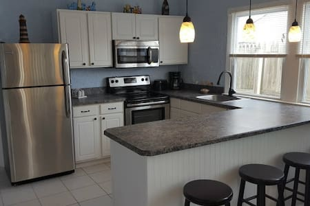 Great Beach Condo in the Center of Town - Brigantine - Kondominium