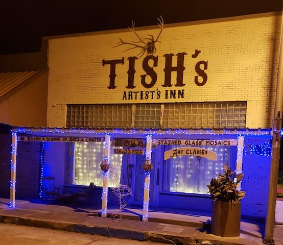 Deep East TX All Inclusive  TISH's ARTIST's INN