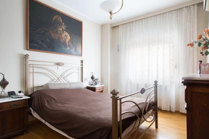 Double Bedroom in central Athens - Dafni - Dom