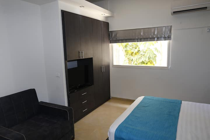 2 Bedroom Apartment in central TLV