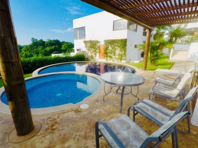 BEAUTIFUL HOUSE IN CASA BLANCA. AMAZING VIEW!!!