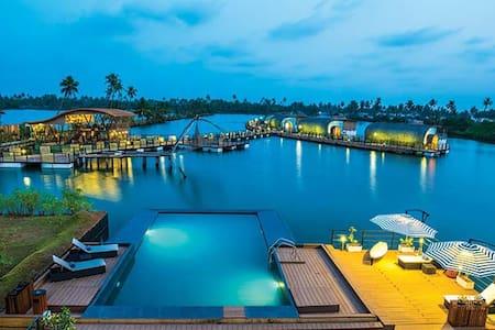 Aquatic Floating Resort - 科钦 - 精品酒店