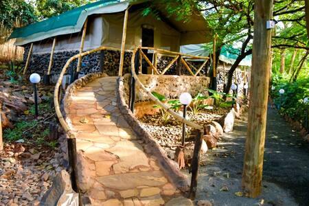 Rukenya Island Resort Luxury Tent