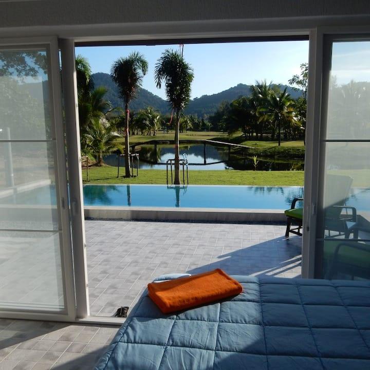 Pool Suite, Terrace, Pool in luxurious Resort