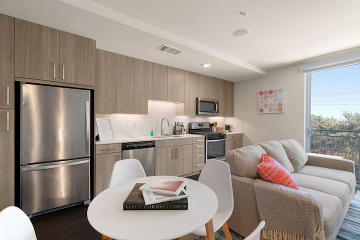 Kasa | Arlington | Cozy Studio Apartment