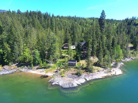 The best cabin in the Kootenays