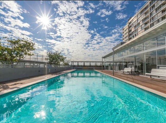 Maroubra apartment with pool - Maroubra