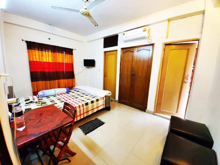 LUVA MANZIL(Homestay private AC room in 1st floor)