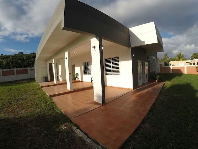 Villa Salcedo a Caribbean Paradise! - Quebradillas - House