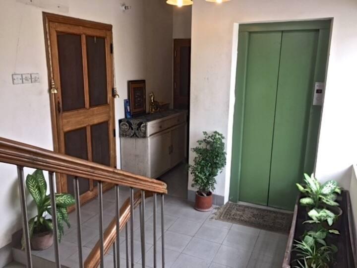 Home Style Safe Stay near Gulshan / Baridhara