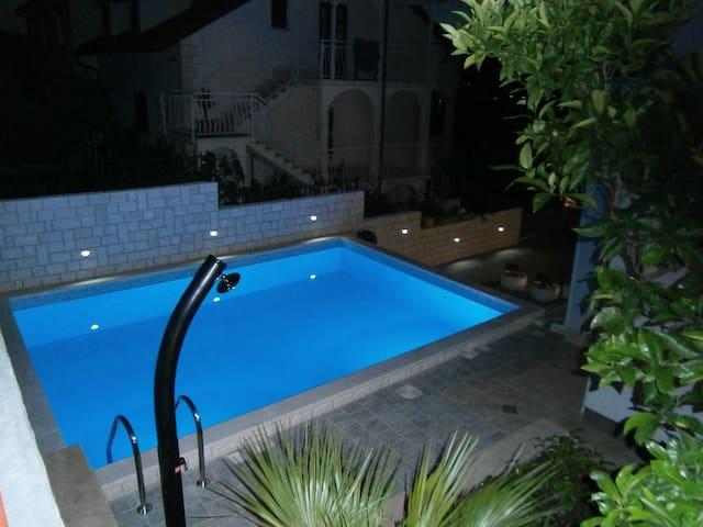 Apartment Tulip **** in Trogir