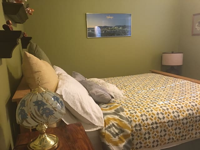 Room For Rent - Poulsbo - House