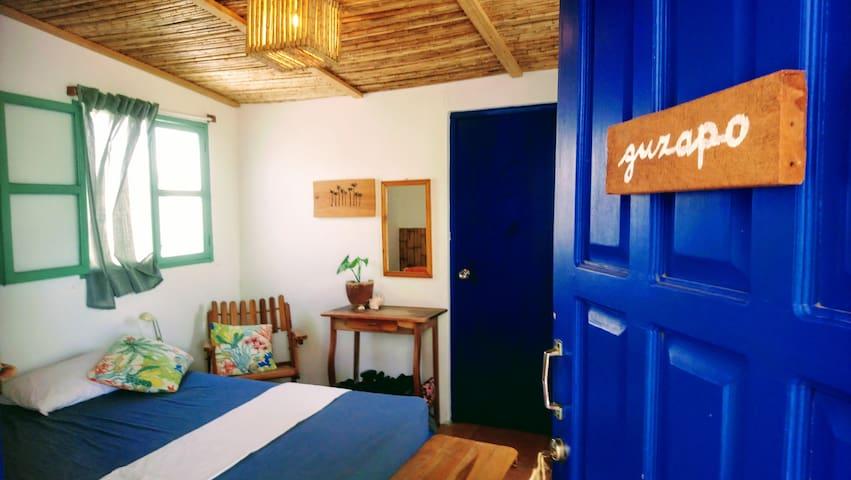 guzapo - double room