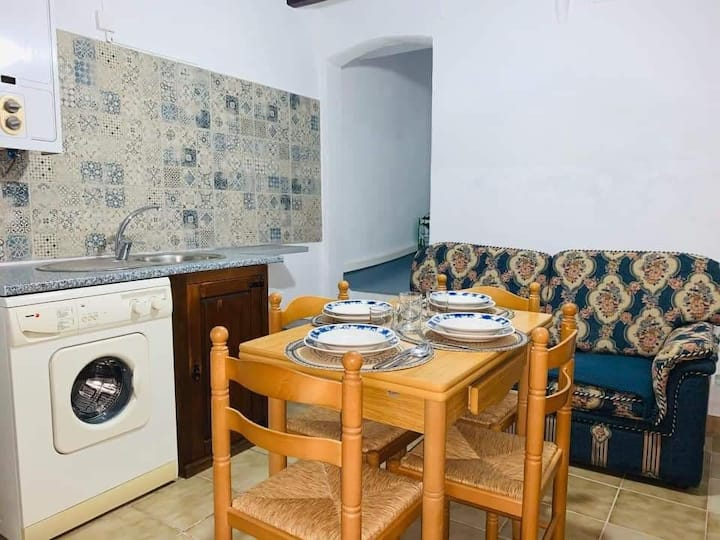 Cuarto en casa compartida/Room in a shared house