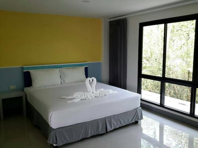 Clean, Spacious room with private balcony