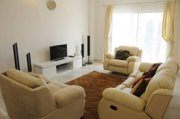 AlRawdha Luxury 2 Bedroom Apartment