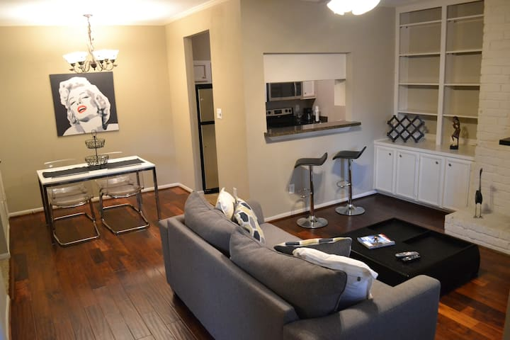 Expat Apartment in the Galleria- Longer Term Lease - Houston - Apartment