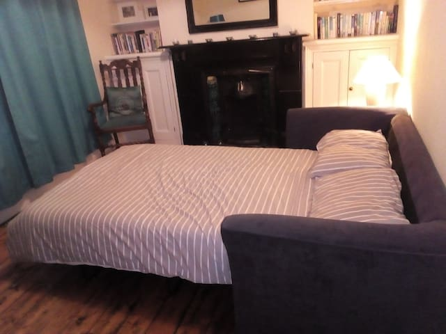 Private room Near Cwmcarn Forest/Newport /Cardiff