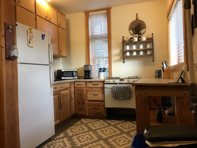Renovated Historic 2 bed on Skagit River - Rockport - Huoneisto