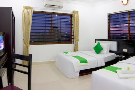 Khmer House /Safe / Great Pool/ Free pick up - Krong Siem Reap