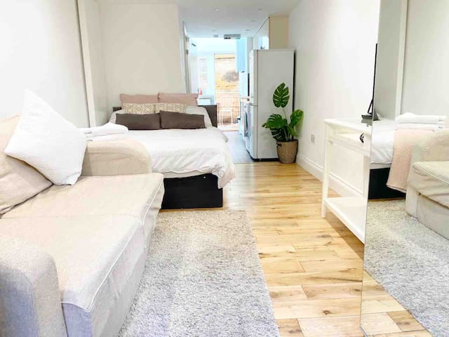 Cosy/Modern Studio 2min From Camden Town Station