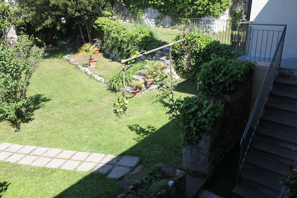 Vista sul giardino Garden's view