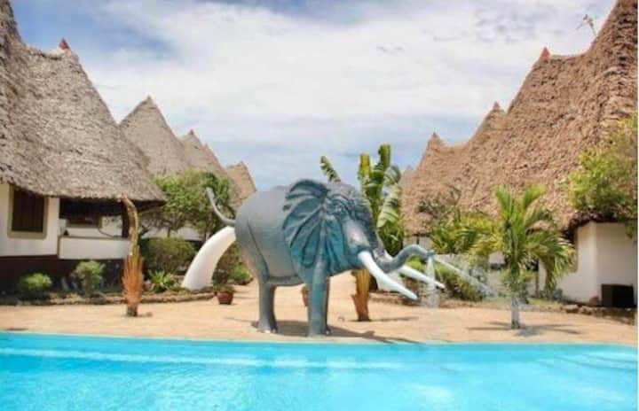 Diani Beach, Luxury 1 Bed Cottage