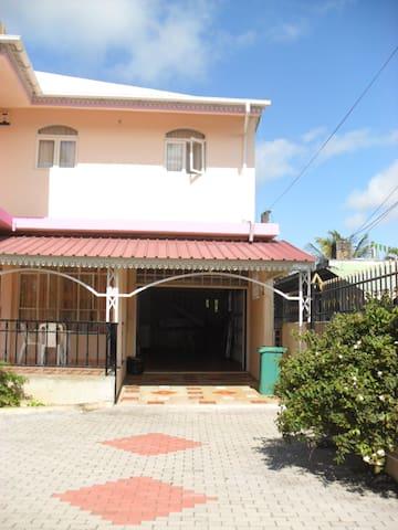 Villa familial tout équipée dans le Nord - Cap Malheureux