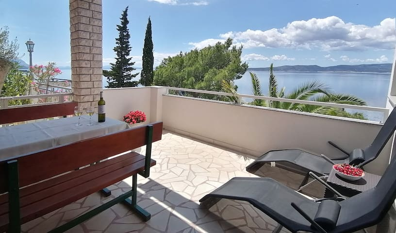 Brela Villa Skalinada: Studio Apt  2 with seaview