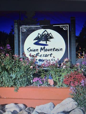 Swan Mountain Resort 2 bdrm + Loft - Dillon - Kondominium