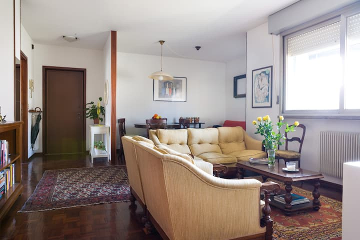 Into the green Apartment! BOOK NOW