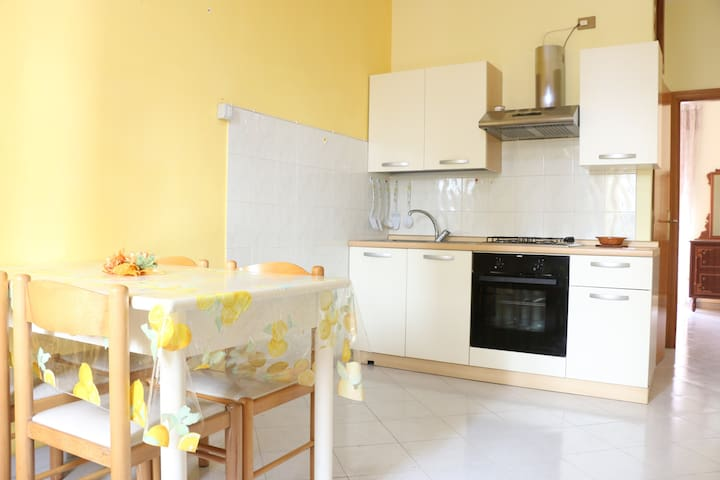 Casa Anna Short Lets - Caposele - Appartement