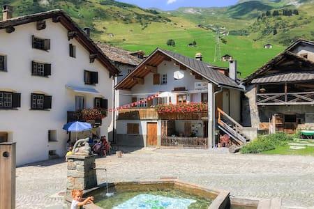 Ferienhaus am Ursprung des Rheins