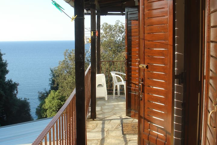 Katerina Fotopoulos - Studios with sea view