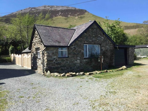 Entire cottage on rural smallholding