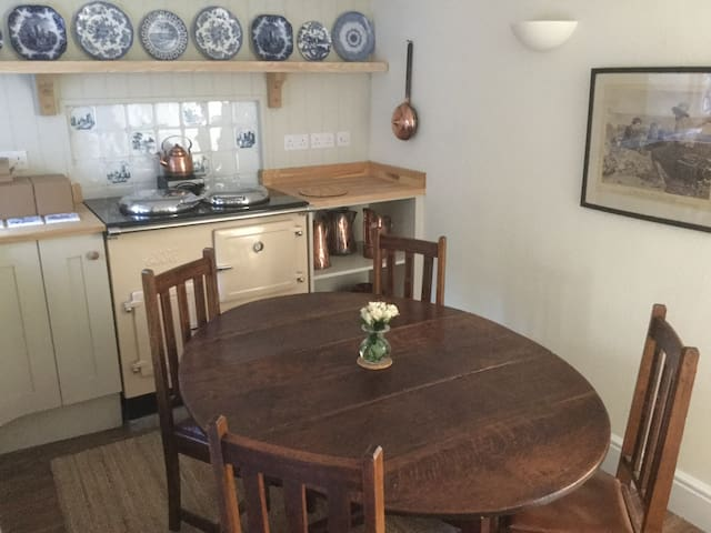 Charming cottage in Sherborne