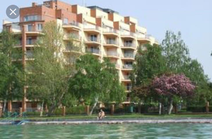 Galerius Spa & Wellness apartment 50 M from lake