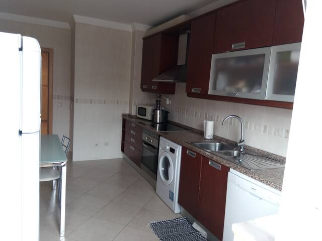 Apartment with parking (Fuseta) - Fuseta - Apartment