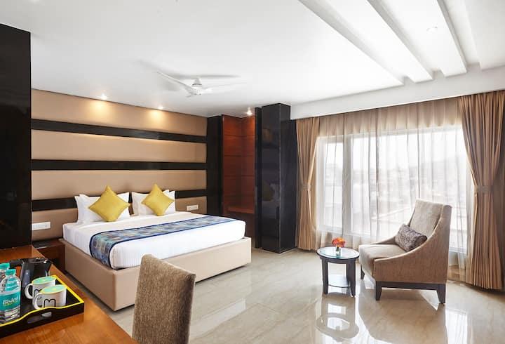 Mango Club Hotel Room- Haridwar