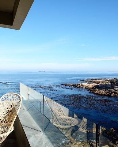 On the Rocks in Bantry Bay