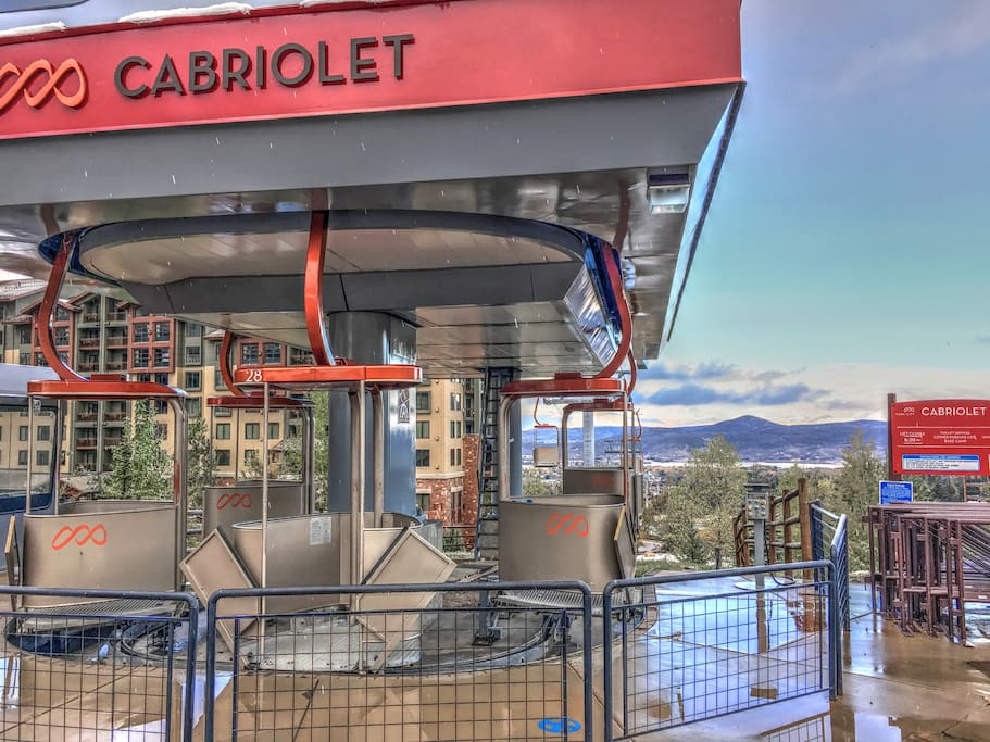 Minutes to the Cabriolet Lift for your ride to the Canyons Resort