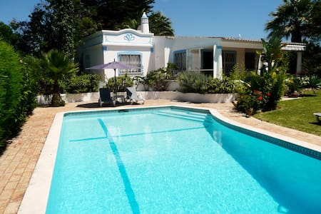 Villa with private pool - Guia - Σπίτι