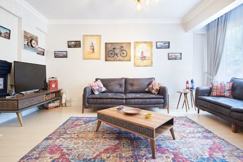 In the center of Taksim&Cihangir cozy and luxury