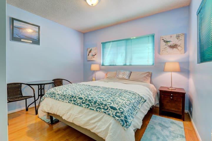 "LA No. 2Ocean Room New on Mkt ""海洋房"""