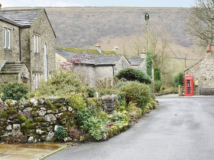 Coates Lane Farm Cottage (UK32192)