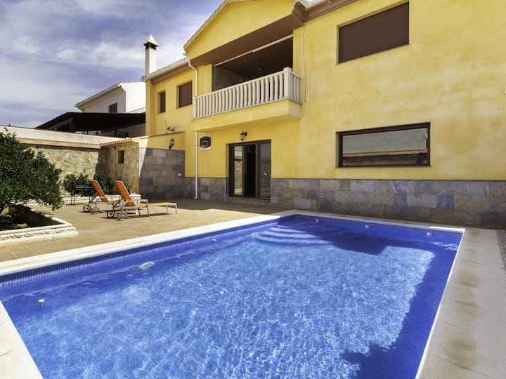 Apartment with terrace and private pool