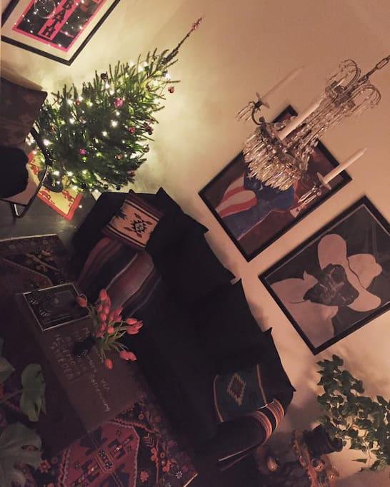 Vardagsrum till jul. Living room by x-mas.