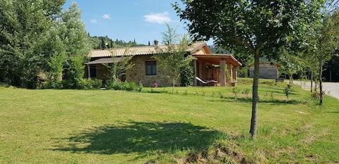 dejlig lejlighed i den toscanske natur