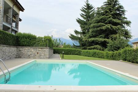 Casa Lella with heated pool and garden